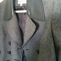 Brown Jones New York Jacket Beautiful and versatile jacket. Collar is faux leather, sleeves 3/4, fits beautifully. Looks great with jeans and boots. Excellent condition. Jones New York Jackets & Coats