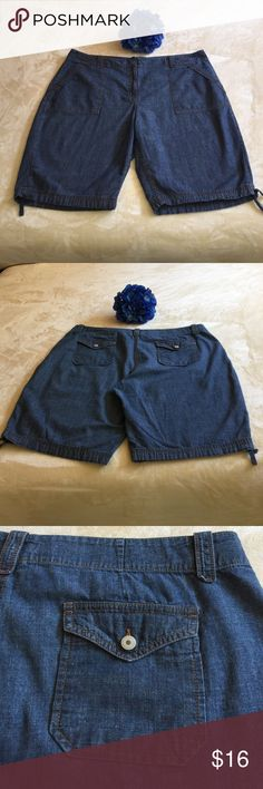PLUS SIZE. VAN HEUSEN SHORTS! VERY COMFORTABLE DENIM SHORTS!  Deep pockets with cute buttons. Little ties at each leg. Waist 41 inches. Inseam 11 inches. 100%cotton. HAPPY POSHING 💖Ref#S0208 Van Heusen Shorts Jean Shorts
