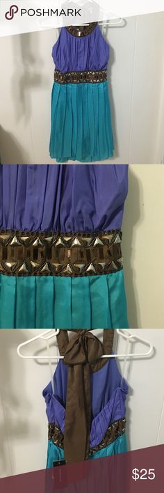 🎉SALE🎉 (NWT) Forever21 silk halter dress (NWT) Forever21 halter dress, 100% silk, periwinkle/teal colorblock with chocolate brown halter ribbon neckline, jewels around neckline and waist. Fully lined. Side zipper. Size medium. Brand new! Forever 21 Dresses