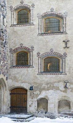 Turku Castle, Finland was started ca 1280 by Swedish conquerors. Chateau Medieval, Scandinavian Countries, Neuschwanstein Castle, Famous Castles, Kirchen, Helsinki, Architecture, Norway, Travel Inspiration