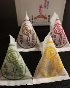 Japanese Bite-Sized Cake Washi Paper Package (Matcha Green Tea, Kinako Yellow Soybean Flour, Ume Red Plum, Brown Cocoa Powder)