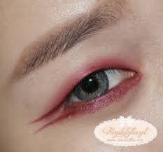 Red eyeliner Red Eyeliner, Gel Liner, Eye Gel, Beauty Make Up, Makeup Looks, Beauty Hacks, Burgundy, Tutorials, Concept