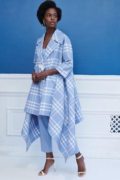 Oscar de la Renta Resort 2019 New York Collection - Vogue Runway Fashion, High Fashion, Fashion Show, Fashion Looks, Womens Fashion, Fashion Design, Fashion Trends, Vogue, Bikini Modells