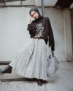 Casual Hijab Outfit, Ootd Hijab, Hijab Chic, Hijab Dress, Dress Outfits, Casual Outfits, Modern Hijab Fashion, Hijab Fashion Inspiration, Modest Fashion