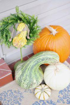 DIY-Spruce Up a Basic Wreath for Fall