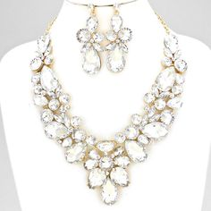 EXTRAVAGANT EVENING NECKLACE SET $50 Price Includes Earrings ---------- #WeddingJewelry #EastCoastOccasions #TheWeddingBoutique #Affordable #Timeless #Elegant #WeddingParty #Bridesmaids #BridalCollection #ElegantNecklace #BridalNecklace#BridesmaidsNecklace #Necklace #WeddingGuests #BridalJewelry EastCoastOccasions.com