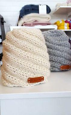 Helppo neulottu kierrejoustinpipo Diy Clothes Accessories, Quick Knits, How To Purl Knit, Diy Crochet, Marimekko, Handicraft, Knitted Hats, Needlework, Knitting Patterns