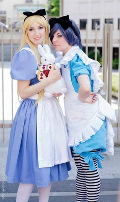 Disney Alice in Wonderland Cosplay