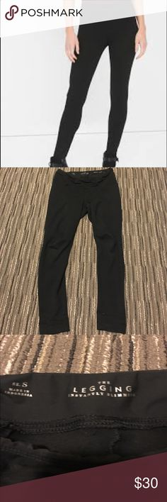 WHBM Slimming Ponte Legging Instantly slimming ponte style legging. The material is thick (not at all see through) and super comfy. I am only selling because they are a little big, no flaws. Currently sold out online. White House Black Market Pants Leggings