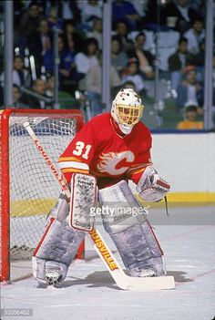 canadian-hockey-player-rick-wamsley-of-the-calgary-flames-guards-the-picture-id53266462 (411×612)