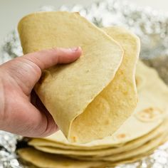 authentic homemade Mexican flour tortilla recipe - with a video tutorial Authentic Mexican Recipes, Mexican Food Recipes, Mexican Desserts, Turkey Recipes, Drink Recipes, Dinner Recipes, Homemade Mexican Flour Tortillas, Recipes With Flour Tortillas, Flour Tortilla Recipe With Lard