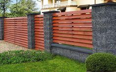 40 Cool Fence Ideas to Give Your Home A Unique Character - Engineering Discoveries Wood Fence Design, Modern Fence Design, Privacy Fence Designs, Front Gate Design, House Gate Design, Brick Design, Modern Main Gate Designs, Concrete Fence Wall, Compound Wall Design