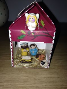 Nativity made of Fimo - angel's wing and halo glow in the dark