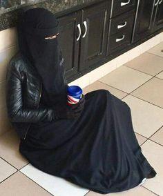So beautiful❤ subhanAllah Hijab Niqab, Muslim Hijab, Mode Hijab, Hijab Outfit, Hijab Dress, Bridal Hijab, Hijab Wedding Dresses, Muslim Brides, Muslim Girls