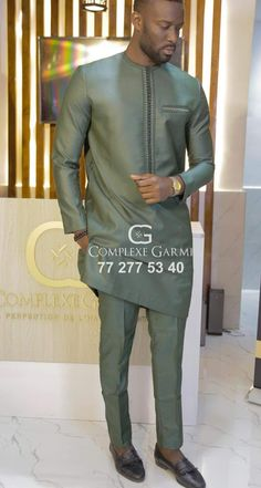 Latest African Wear For Men, Latest African Men Fashion, African Shirts For Men, Nigerian Men Fashion, African Dresses Men, African Attire For Men, Modern African Clothing, Mens Kurta Designs, Kaftan