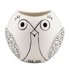 Add charming design to any home with this woodland park owl vase from kate spade new york. This playful vase looks wonderful both full with flowers and as a decorative item. Made of earthenware, it. Home Design, New Interior Design, Zentangle, City Zoo, Kate Spade, Woodland Park, Bridesmaid Gifts, Objects, Pottery