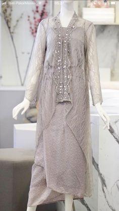 Kebaya Modern Hijab, Dress Brokat Modern, Kebaya Hijab, Kebaya Dress, Dress Pesta, Dress Brukat, Batik Dress, Kebaya Wedding, Simple Bridesmaid Dresses