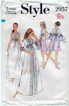 70s Vintage Sewing Pattern Style 2957 Maxi Nightdress  amp  Negligee Size 20  Bust 42 UNCUT 290171530