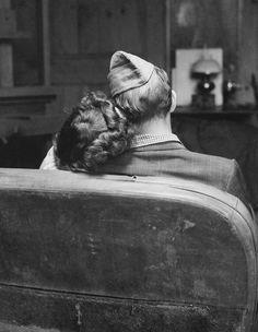 Vintage war love....makes me think of my grandparents.