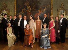 Clap, clap!!! RT @lacosacine: MEJOR ELENCO DE DRAMA EN TELEVISION: ¡Downton Abbey! #LaCosaSAGS
