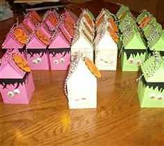 Halloween Milk Cartons #Cricut - are these the cutest things you've ever seen!