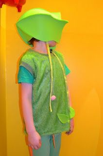 Funny carnival costume: The Pea Shooting Flower from Plants vs. Zombies