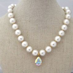 MiyabiGrace: Moonlight: Cotton Pearl & Swarovski Necklace. Pendant is removable! Ideal for elegant and wedding occasions. $98 コットンパール & スワロフスキーネックレス コットンパールネックレス #bridalnecklace #cottonpearlnecklace #bridesmaidjewelry #bridaljewelry #pearlnecklace #bridalnecklace #necklace #bridesmaidnecklace #swarovskinecklace #コットンパール #コットンパールネックレス #vegan #veganjewelry #veganpearlnecklace #veganpearl #vegannecklace