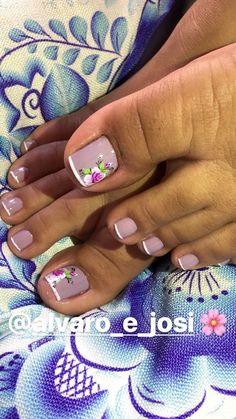 Pedicure Nail Designs, Toe Nail Designs, Nail Polish Designs, Manicure And Pedicure, Cute Pedicures, Gel Toes, Girls Nails, This Little Piggy, Short Nails