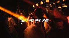 """Esses são os """"pobres"""" que o PT ajuda. Vejam a festa bancada com dinheiro que faz falta na saúde e educação indo para a corrupção. """"Give Me Your Love"""" Caroline & Felipe - Jurerê Internacional on Vimeo"""