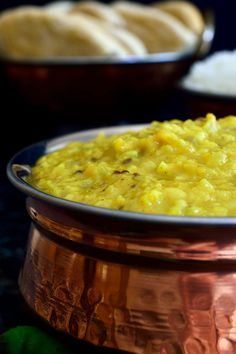 Easy vegan dal only takes 10 minutes of prep time and is great for a quick weeknight dinner on a brisk autumn evening. Serve with flat bread and rice and you've got yourself a satisfying fiber- and protein-rich dish that will definitely fill you up! Indian Food Recipes, Whole Food Recipes, Vegetarian Recipes, Dinner Recipes, Healthy Recipes, Ethnic Recipes, Dal Recipe, Vegan Chili, Quick Weeknight Dinners