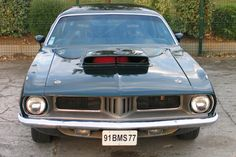 The Plymouth Barracuda was a 2-door car that was manufactured from 1964-1974.The redesign for the 1970 Barracuda removed all its previous commona - Fifth Image