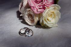 Wedding flowers - Image by: www.goldsmithandco.com.au