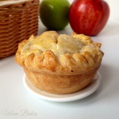 How to make Easy Mini Apple Pies. A recipe for 4 pies!