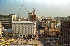 Iunie 2000. Calea Victoriei Timeline Photos, Old And New, New York Skyline, Times Square, Places To Visit, Victoria, Memories, History, Travel