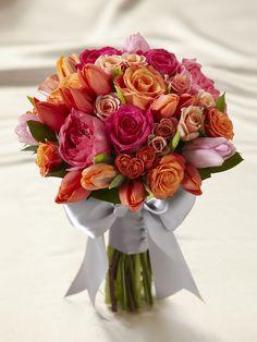 PETALS N BUDS (T.J.Quinn) - Sunset Dream Bouquet - Interflora