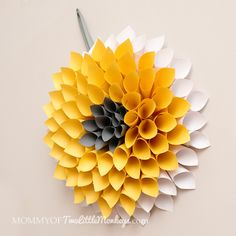 How to Make a Paper Wreath – Dahlia Inspired {Under $10 to Make!}