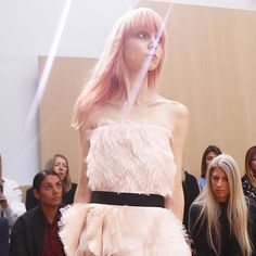 FROW Roksanda Ilincic SS16 by Susie Bubble. Pink feathered dress http://www.londonfittingrooms.com/le-boudoir/best-fashion-instagram-roundup-october-2015