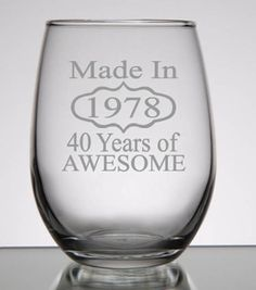 67 Ideas Birthday Gifts For Women In Their Wine Glass 40th Bday Ideas, 40th Birthday Gifts For Women, Birthday Ideas For Her, 40th Birthday Parties, Birthday Woman, Birthday Diy, Birthday Presents, Birthday Recipes, Wine Glass
