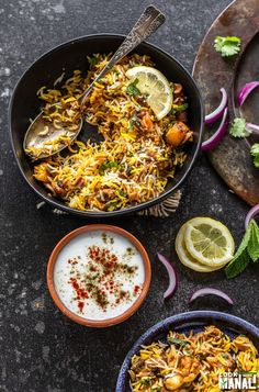 Aromatic and flavorful restaurant style Vegetable Biryani! This fragrant biryani is packed with veggies, spices, herbs and nuts and is an explosion of flavors in every bite! Vegetarian Biryani, Vegetable Biryani Recipe, Vegetarian Recipes, Rice Recipes, Soup Recipes, Healthy Recipes, Hyderabadi Biryani Recipe, Veg Biryani Recipe Indian, Indian Food Recipes
