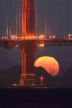 Full Moon under the Golden Gate Bridge!