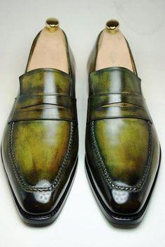 les-belles-chaussures:  Mocassins Berluti - the Andy Warhol model