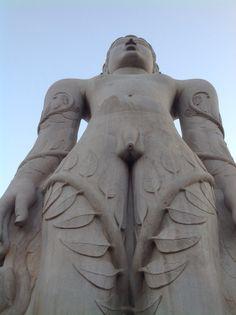 Lord Gomateshwara statue at Sharavanabelogola, Karnataka. Picture by publisher of www.mohanspage.com