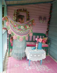 Risultati immagini per adinda zoutman Poncho Crochet, Mode Crochet, Crochet Shawls And Wraps, Freeform Crochet, Crochet Scarves, Diy Crochet, Irish Crochet, Crochet Crafts, Crochet Clothes