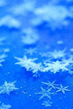 Crystal Snowflake Blue Background #iPhone #4s #wallpaper