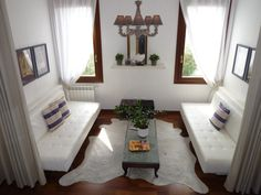 Venice Vacation Rental - VRBO 413344ha - 2 BR Veneto Apartment in Italy, Clean  Comfortable with Lots of Charme, Wi-Fi  Satellite TV - Dorsoduro
