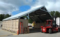 Shipping Container Workshop, Shipping Container Buildings, Shipping Container House Plans, Container Shop, Storage Container Homes, Container Design, Container Office, Conex Box, Roof Paint
