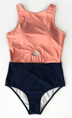 New Trending Arrivals~ Feel charm of its simplicity. This pretty one-piece features lovely cut-out design at waist, coloured with solid pink and navy blue. Can't wait for more swimming games~ Come and find more new pieces with free shipping on Cupshe.com!