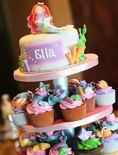 Mermaid and undersea cake and cupcakes
