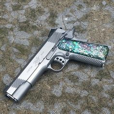 Custom Kimber 1911 with an Abalone Grip _ #Badass #Custom #Kimber #1911 #Abalone #Pretty #Art Arma 3, Kimber 1911, Pistol Annies, Custom Guns, Custom 1911 Pistol, Gun Vault, Fantasy Weapons, Cool Guns, Concealed Carry