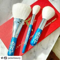 #Repost @jazlanbeauty with @repostapp  Your skin deserves only the best. This  Tanseido Brush set is gorgeous. Hard to describe and compare  them how soft they are.. . . . . . . #2017 #suqqubeauty #suqqucosmetics #suqqu #suqqumakeup  #cosmetics #beauty #makeup #instabeauty #instablog #bbloggers #bblogger #bblog #limitededition #nederland #belgianblogger #belgie #iciparisxl #iciparis #iciparisxlbe #spring2017collection #spring2017 #spring